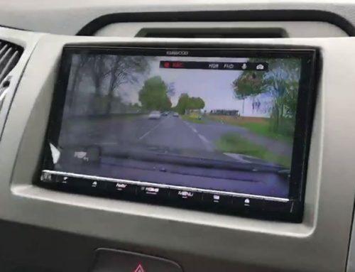 Kleines Video von der neuen Kenwood dashcam mit Anschluss an die neuen Moniciver
